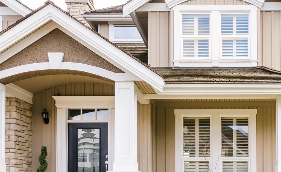Сколько стоит штукатурка фасада дома